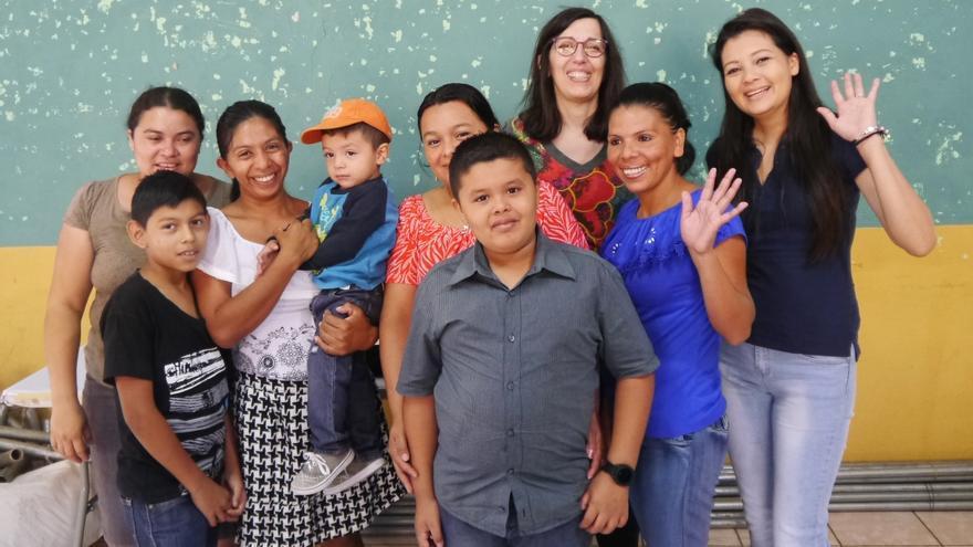 Integrantes del Círculo de Familia de El Salvador.