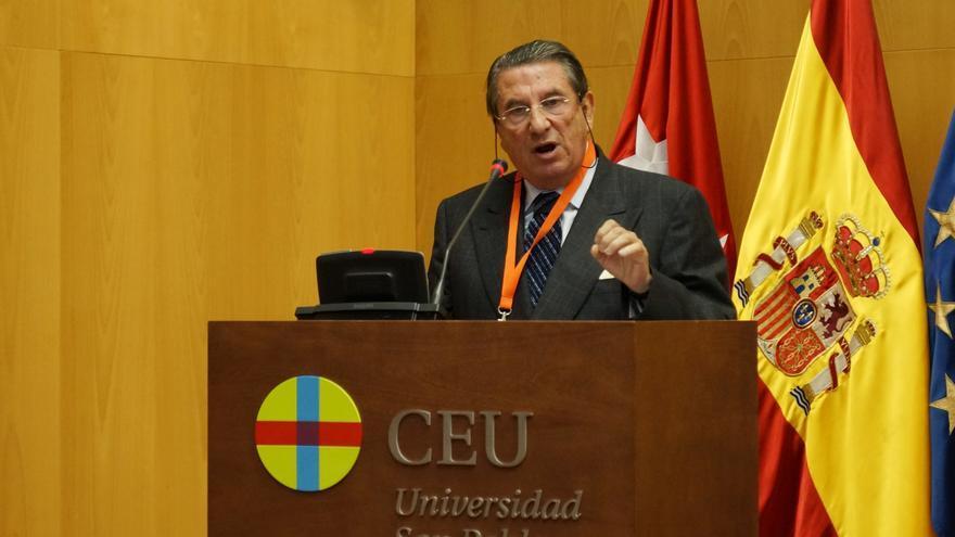 """Francisco Vázquez cree que está """"fuera de lugar"""" revisar los vigentes Acuerdos con la Santa Sede"""