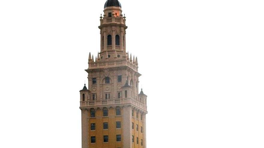 La Torre de la Libertad de Miami se iluminará con los colores de la bandera española