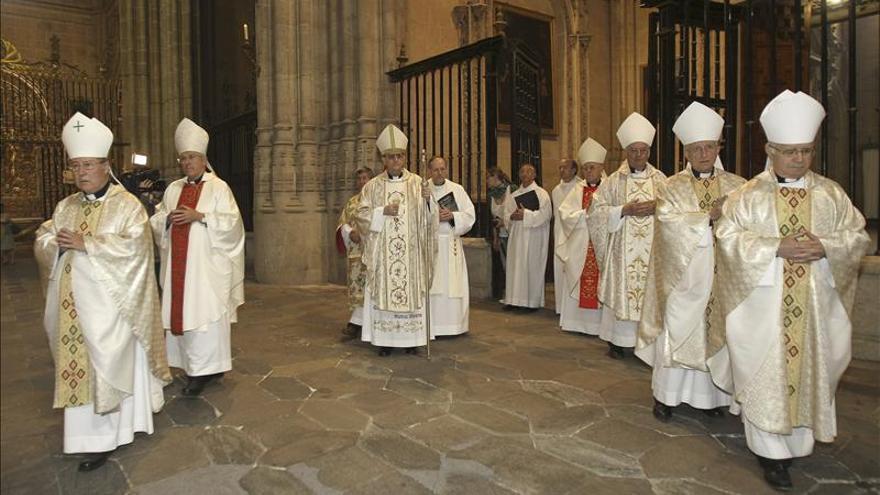 Una eucaristía conmemora el medio milenio de la catedral nueva de Salamanca