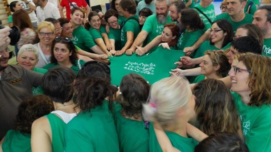 Asamblea en el colegio Miguel Hernández de Getafe. / Marea Verde Madrid