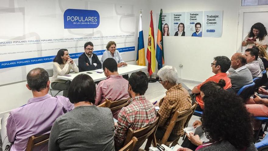 En la imagen, reunión de la Junta Directiva Insular del PP, presidida de Asier Antona, celebrada este martes en la sede del partido en Los Llanos de Aridane.