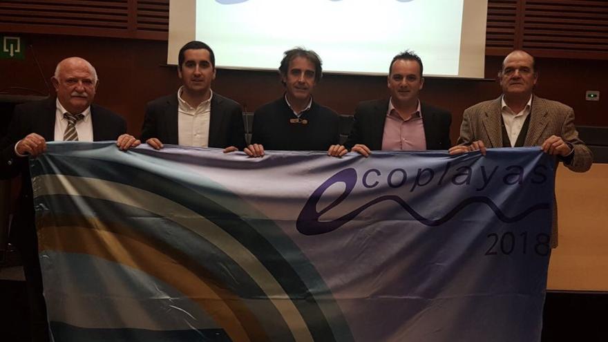 Entrega de la 'Bandera Ecoplayas 2018' a las zonas de baño de La Palma.