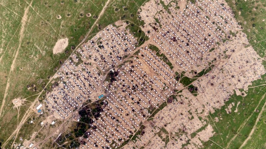 Una vista aérea, tomada por la cámara de un dron de ACNUR, de albergues que hospedan a personas desplazadas en el campamento de refugiados Sayam Forage en Níger / ACNUR