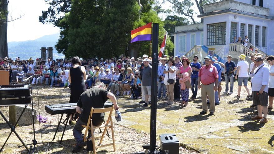 Acto de la Iniciativa Galega da Memoria en la isla de San Simón