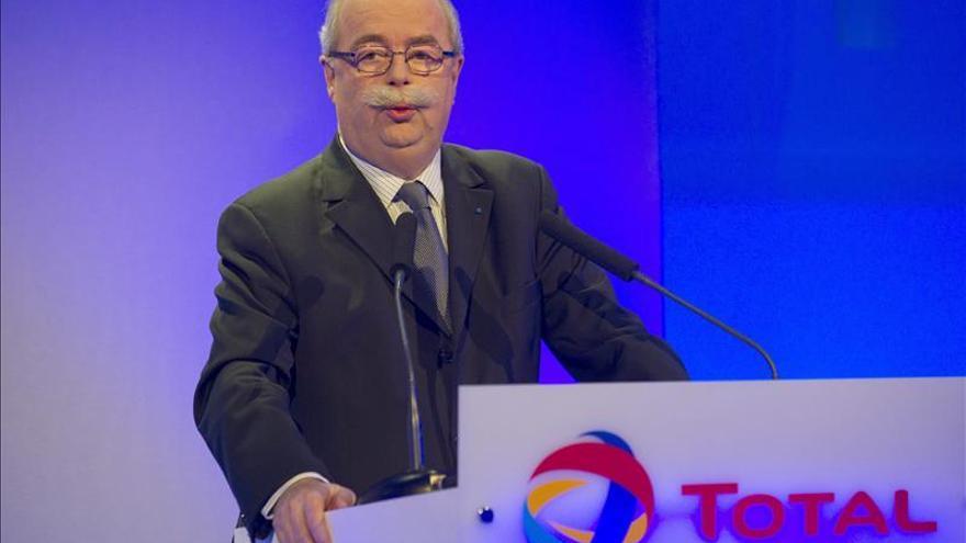 La fiscalía pide procesar a Total y a su presidente por presunta corrupción