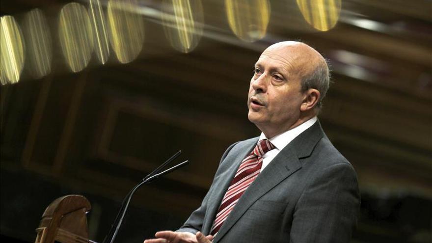 Los rectores insisten en pedir a Wert que no exija un 5,5 para optar a becas