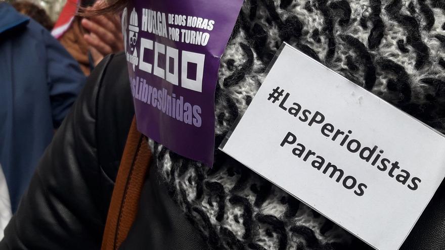 Más imágenes de la concentración con motivo del 8M en la Plaza del Ayuntamiento de Toledo