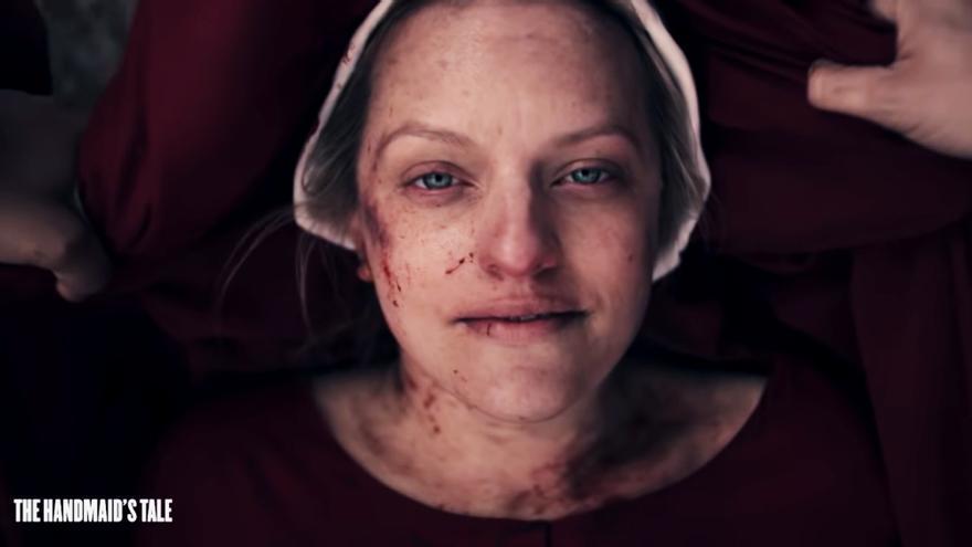 Fotograma del tráiler de 'El cuento de la criada'