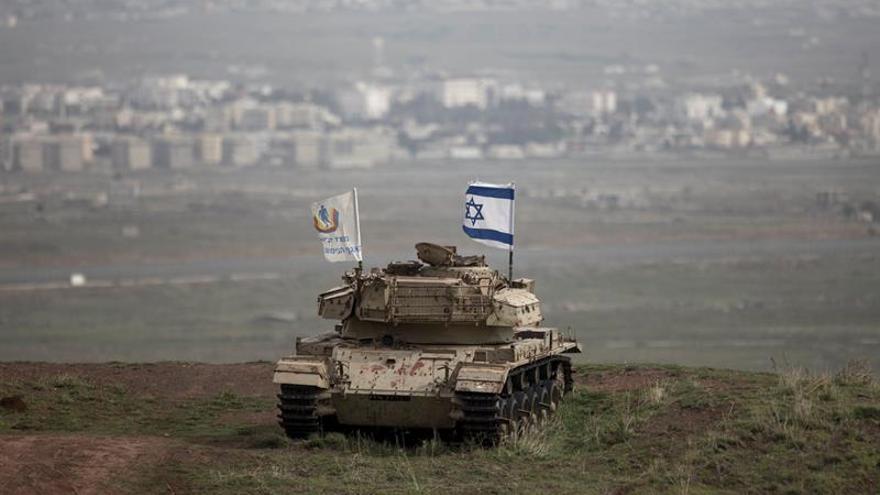 """El ejército israelí asegura que infligió """"graves daños"""" a las defensas sirias"""