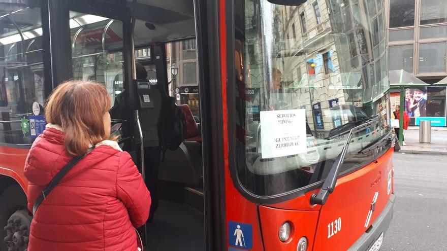 """ELA cifra en un 100% el seguimiento de la huelga en Bizkaibus y Bilbobus, """"un éxito rotundo"""""""