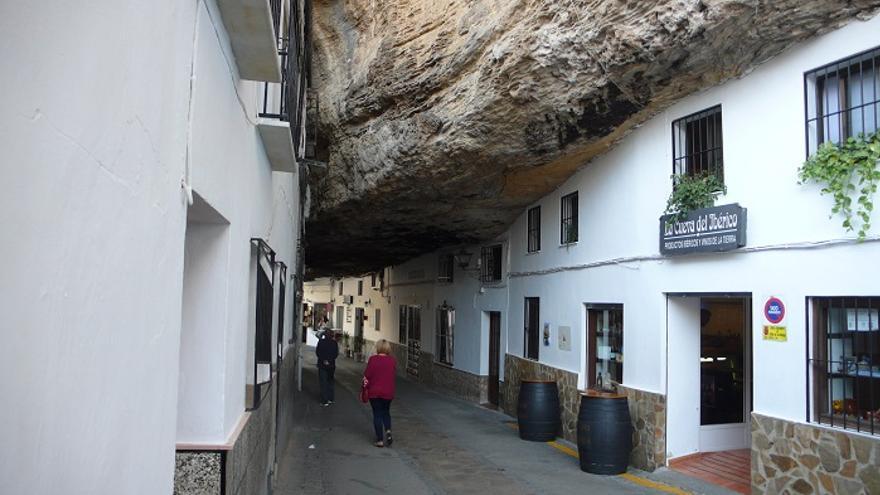 Setenil o c mo vivir al abrigo de las rocas - Bodegas en sotanos de casas ...