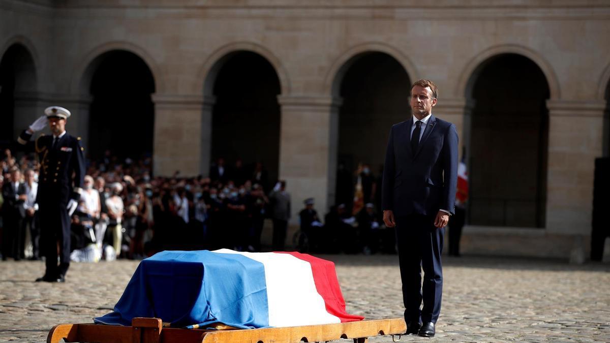 Macron en el funeral de Belmondo