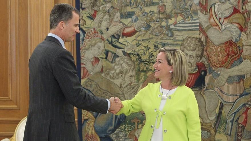"""CC dice al Rey que el PP no ha """"movido nada"""" y plantea una abstención de los demás para forzarle a negociar"""