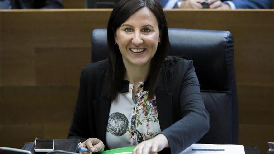 La portavoz del Gobierno valenciano pondría su cargo a disposición si fuera Cotino