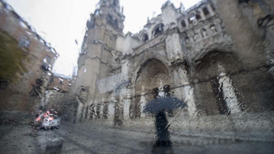 Se desprende una cornisa de 20 kg de la catedral de Toledo sin causar daños