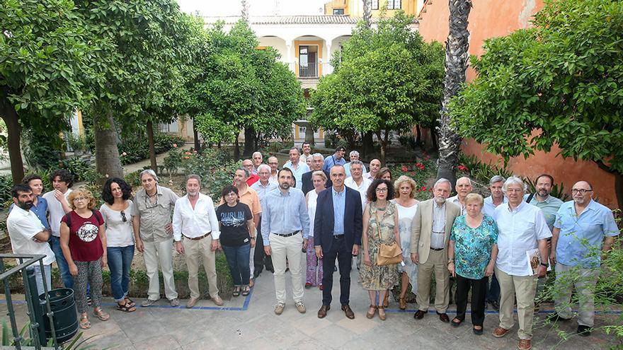 Reunión de la Mesa del Árbol en los sevillanos Reales Alcázares.
