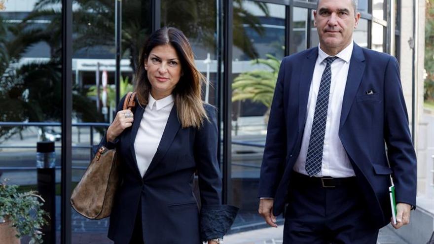 Matilde Zambudio y Ramón Lazcano acuden al juicio en Santa Cruz de Tenerife