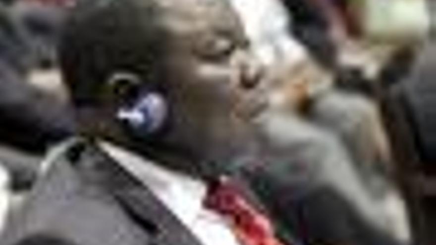 El partido de Tsvangirai levanta el boicot al gobierno de unidad