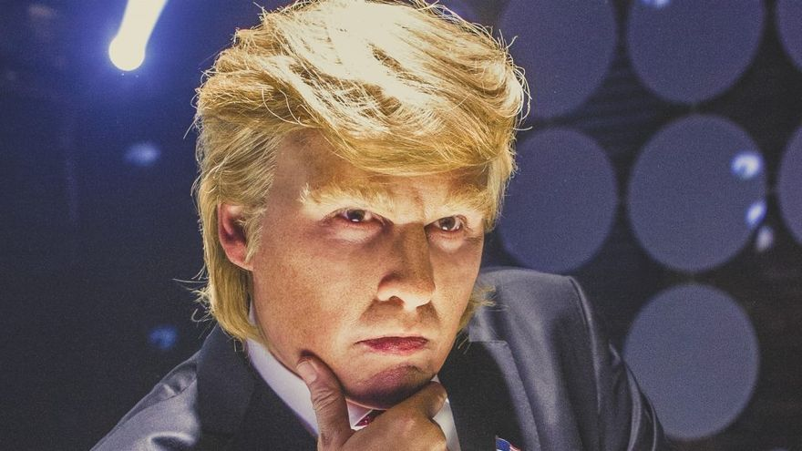 Johnny Depp como Donald Trump en 'The art of deal'