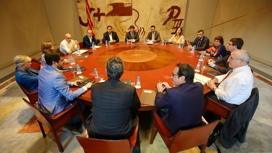 El Consell Executiu del Govern, reunido en el Palau