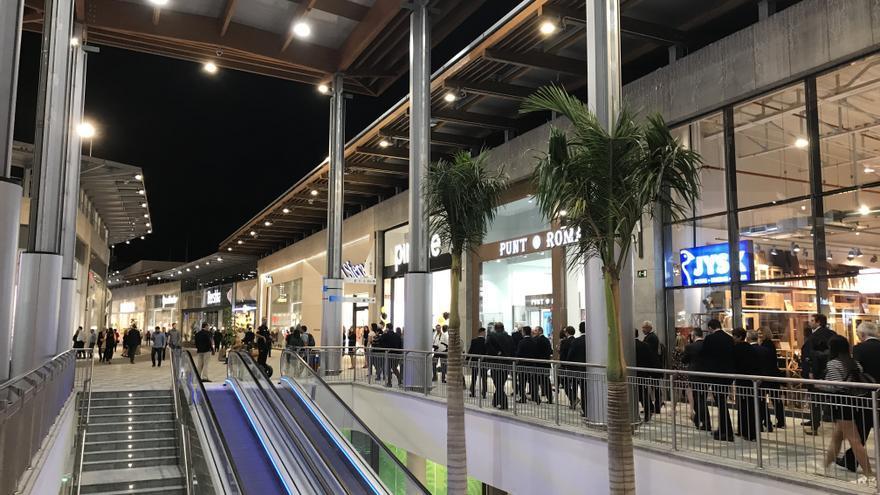 gran canaria cuenta con 18 centros comerciales que ocupan