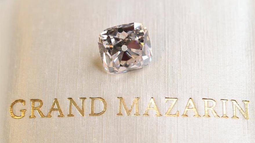 Subastado el mayor diamante color D sin fisuras por 28,8 millones de euros