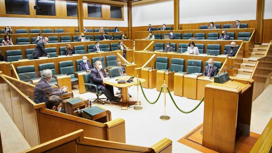 Interior del pleno del Parlamento Vasco