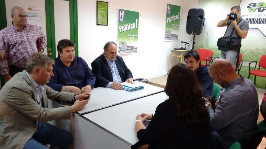 Reunión Podemos y el PP