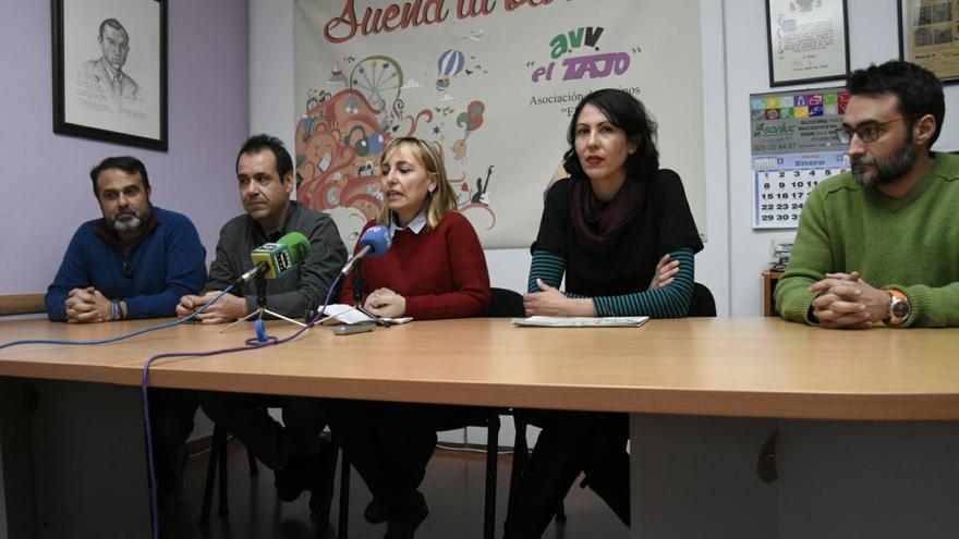 De izquierda a derecha: Javier Mateo, Juan Ramón Crespo, Gemma Ruiz, Eva García Sempere y Sergio Mora