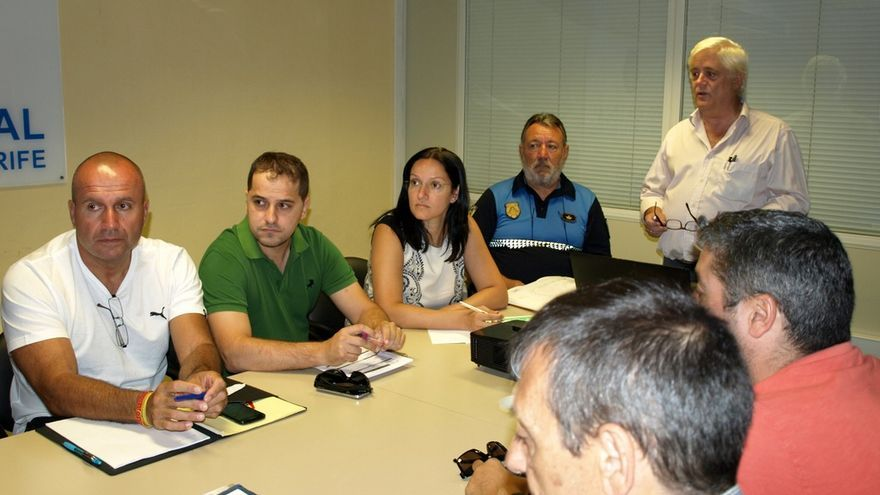 Reunión de coordinación ante el concierto de Maná en la capital tinerfeña