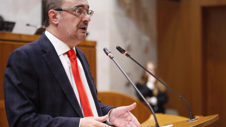 Javier Lambán en las Cortes de Aragón.