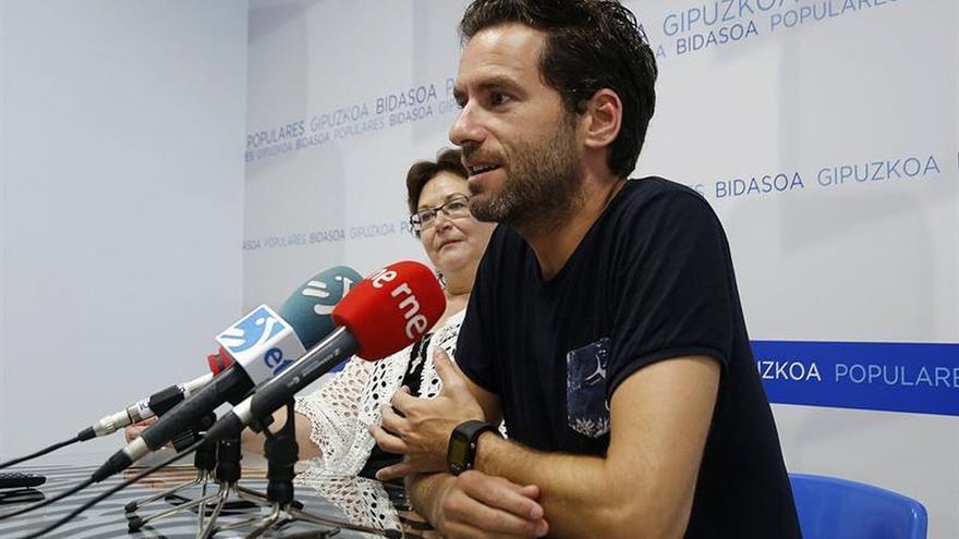 """El PP acusa a PNV, Podemos y PSE-EE de """"alimentar el victimismo"""" de Otegi"""