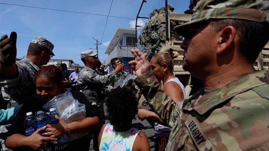 EE.UU. planea el traslado temporal de unos 3.000 puertorriqueños a Florida y Nueva York