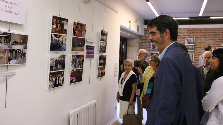 La asociación de jubilados Aiton-Amonen etxea de San Sebastián estrena sede