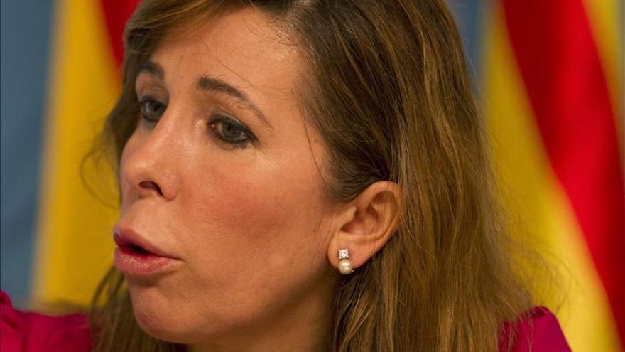 Sánchez-Camacho insta a Mas a decidir entre ERC o seguir dialogando con Rajoy