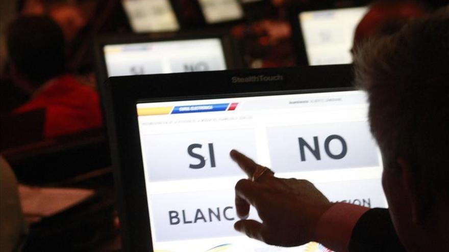 Ecuador Fundamedios se declara en resistencia ante el proceso de disolución emprendido por la Sercom
