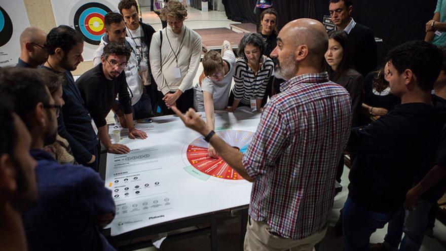 Reunión durante la anterior edición de Idea Camp en 2015