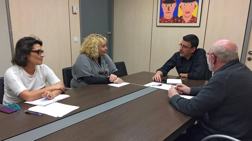 Mario Jiménez se reúne en Ferraz con responsables de la corriente Izquierda Socialista