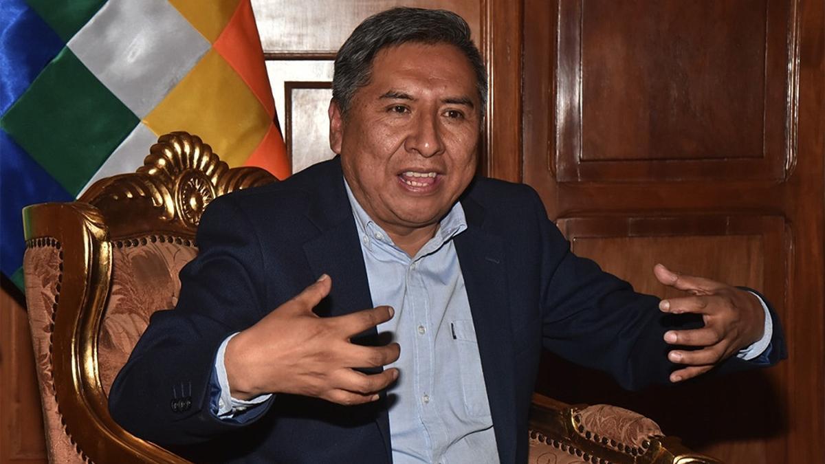 Rogelio Mayta, canciller de Bolivia