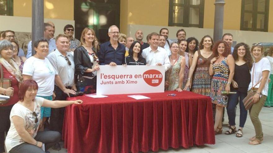 Algunos de los militantes que apoyan la candidatura de Ximo Puig