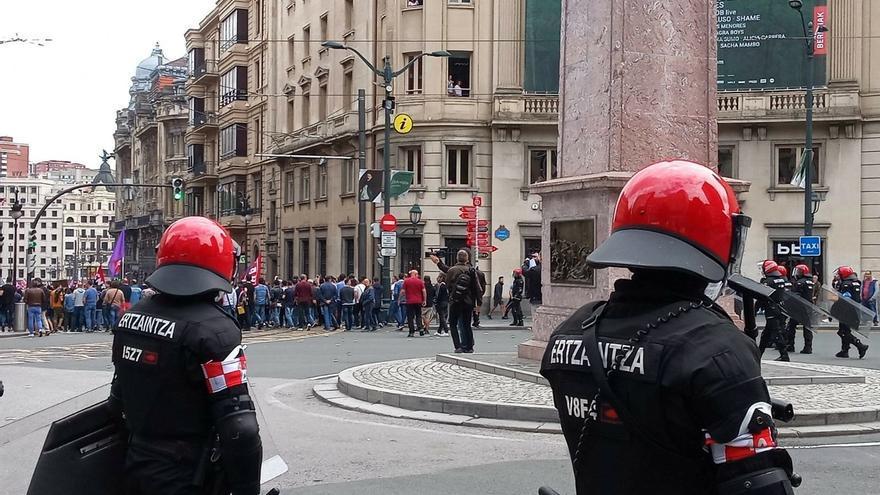 E-Podemos pide explicaciones a la consejera de Seguridad por la actuación de la Ertzaintza durante la huelga del Metal