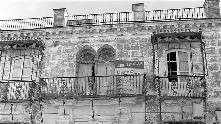 La casa 'atul marino', de residencia de Juan Ramón Jiménez a casa-cuartel