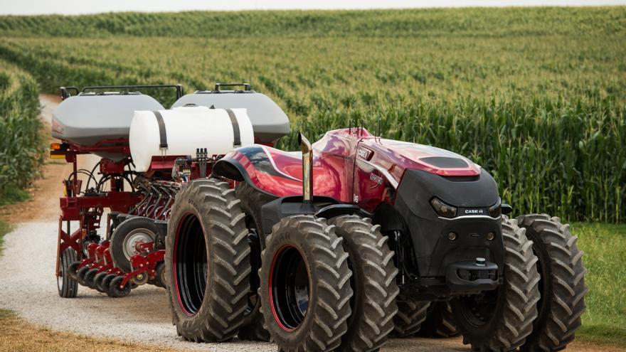 La conducción autónoma llega a los tractores