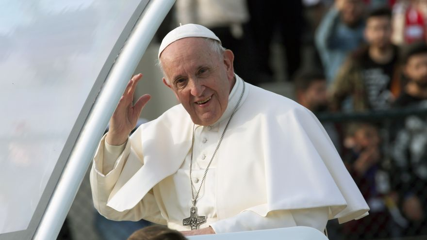El papa pide recordar en Semana Santa a las víctimas de guerras y de abortos