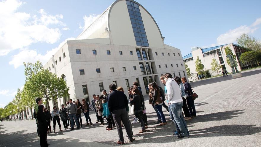 La UPNA trabaja en la creación de institutos de investigación