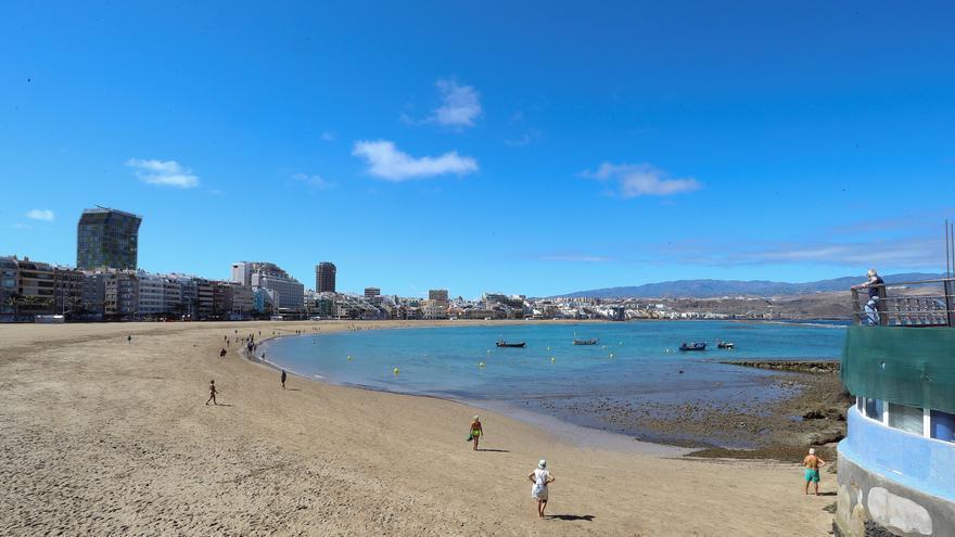 Cielos despejados en todo el país, salvo chubascos en la costa mediterránea
