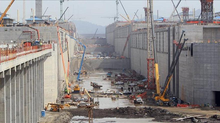 El Canal de Panamá defiende la transparencia ante la solicitud sindical de auditoría