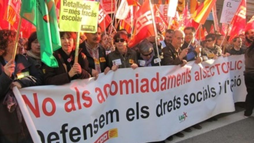 Manifestación Contra Los Recortes Ante La Conselleria De Gobernación