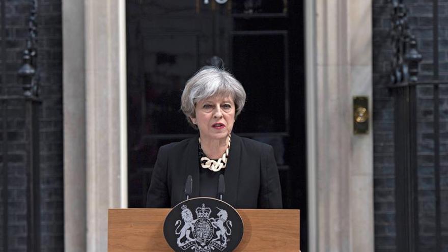 May, en su comparecencia tras los atentados del sábado por la noche / EFE